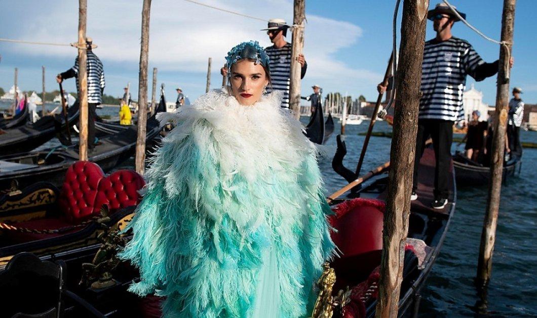 O Dolce & Gabbana μάγεψε με την επίδειξη μόδας στην ωραιότερη πόλη του κόσμου - Όλοι οι αστέρες - τα ρούχα υπερπαραγωγή σε φώτο & βίντεο που γράφουν ιστορία στη μόδα  - Κυρίως Φωτογραφία - Gallery - Video