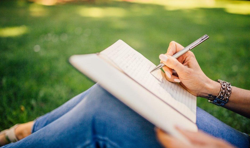 Γράφοντας με το χέρι ωφελούμε το μυαλό μας - Το journaling είναι από τα πιο hot trends αυτοφροντίδας - Κυρίως Φωτογραφία - Gallery - Video