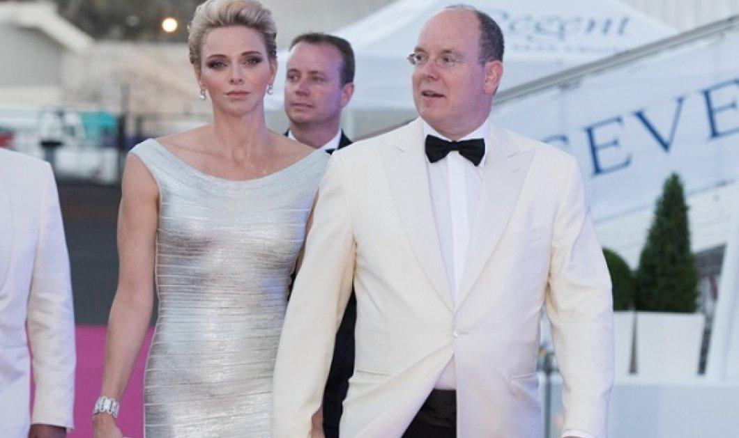 Ο Αλβέρτος του Μονακό απαντά στις φήμες περί διαζυγίου: Η πριγκίπισσα Σαρλίν «δεν αυτοεξορίστηκε, δεν έφυγε επειδή ήταν θυμωμένη» - Κυρίως Φωτογραφία - Gallery - Video