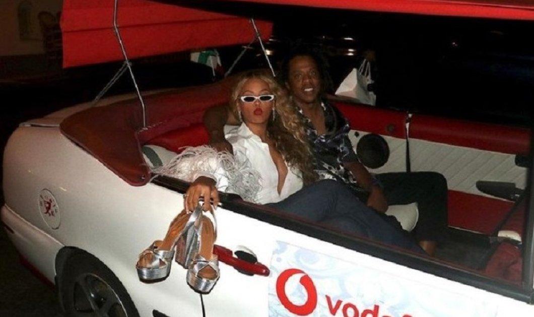 Αληθινή Ντίβα! Η Beyoncé γιόρτασε τα γενέθλια της σε κότερο - Η απίθανη Cashual Chic εμφάνιση & τα αξεσουάρ που απογείωσαν το σύνολο (φώτο) - Κυρίως Φωτογραφία - Gallery - Video
