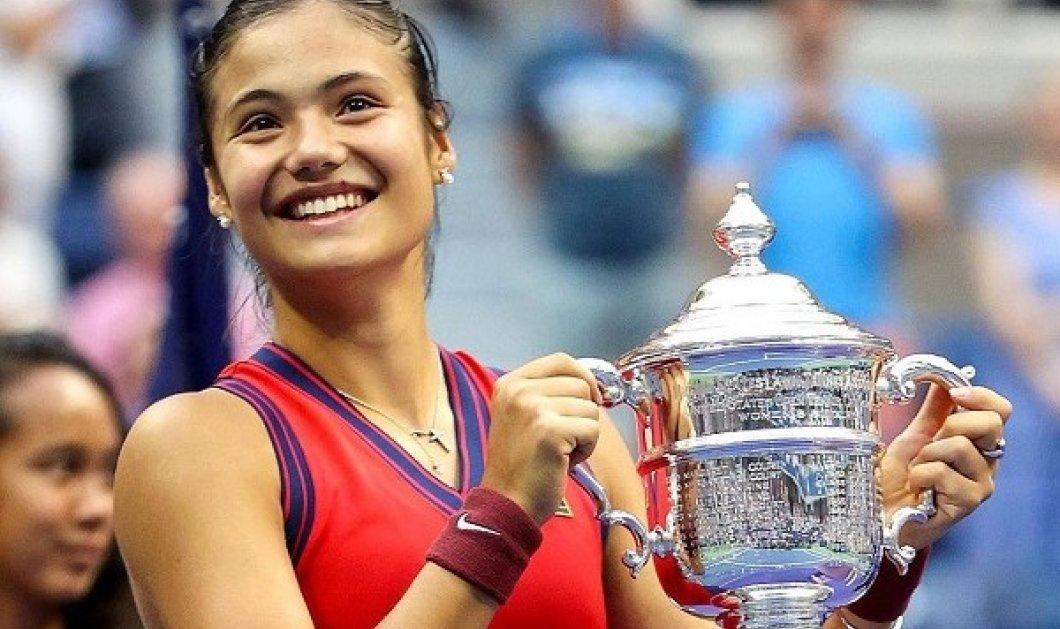 Top woman η 18χρονη Εμα Ραντουκάνου: Έγραψε ιστορία στο US Open με τα ρεκόρ της - ακόμα και η βασίλισσα Ελισάβετ «υποκλίθηκε» (φωτό & βίντεο) - Κυρίως Φωτογραφία - Gallery - Video