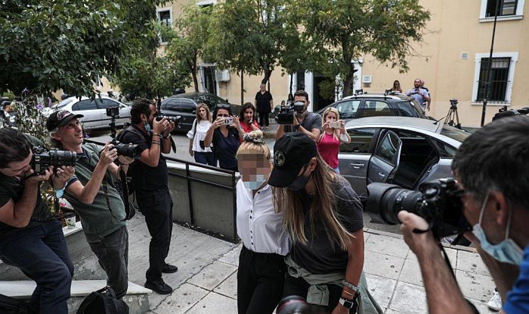 Στη φυλακή οδηγούνται η πρώην παίκτρια ριάλιτι & ο σύντροφος της για τα 7,8 κιλά κοκαΐνη - Τι δήλωσαν οι συνήγοροί τους - Κυρίως Φωτογραφία - Gallery - Video