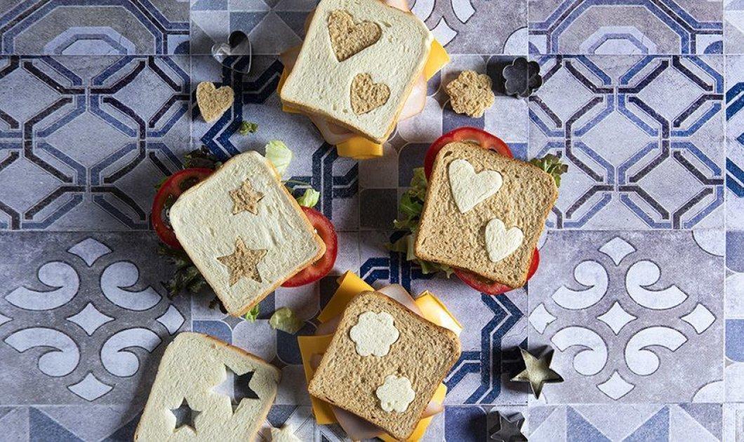 Ο Άκης Πετρετζίκης ετοιμάζει πεντανόστιμα τοστάκια - Για να ετοιμάσετε στα παιδιά σας το σχολικό τους γεύμα   - Κυρίως Φωτογραφία - Gallery - Video