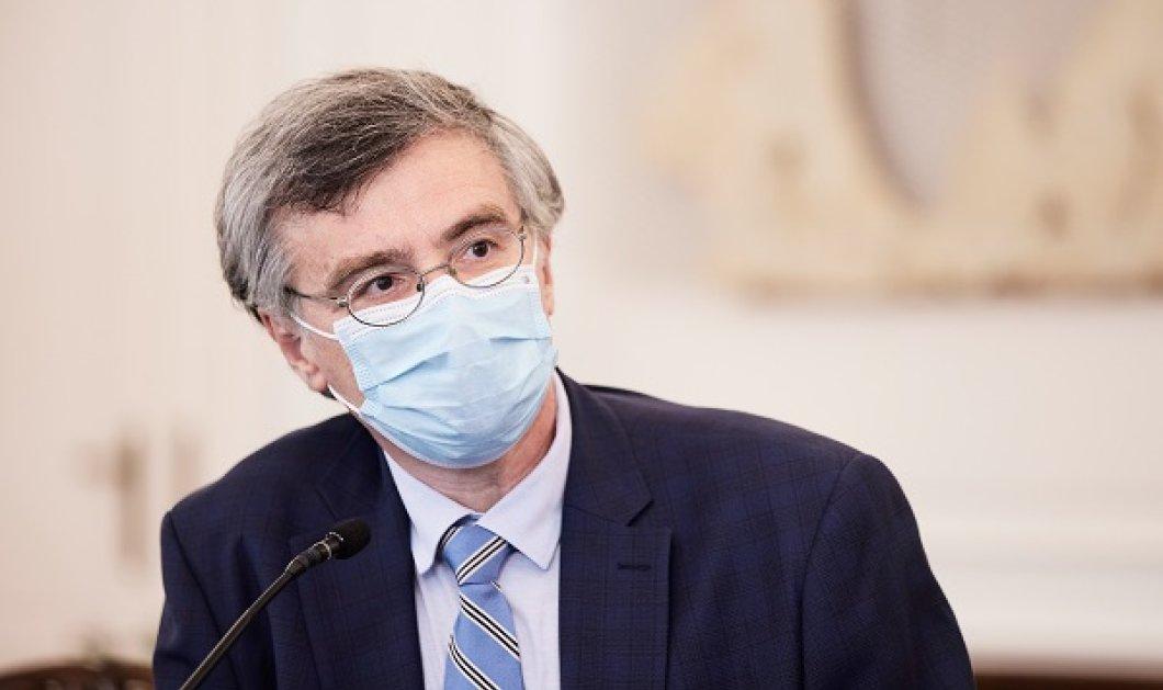 Τσιόδρας: «Διατυπώνουν αντιεπιστημονικές ανοησίες» - θα υπάρξει έξαρση της πανδημίας σε περιοχές με χαμηλή εμβολιαστική κάλυψη  - Κυρίως Φωτογραφία - Gallery - Video