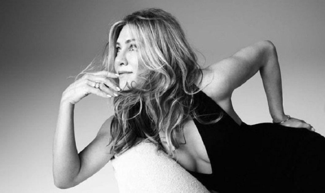 """Η Jennifer Aniston λατρεύει το """"μικρό μαύρο φόρεμα"""" & ξέρει πώς να το φοράει - Οι αγαπημένοι σχεδιαστές & οι σούπερ εμφανίσεις (φώτο) - Κυρίως Φωτογραφία - Gallery - Video"""