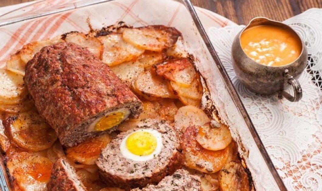 Η Αργυρώ Μπαρμπαρίγου προτείνει: Ρολό κιμά με αυγά και μελωμένες πατάτες - Μια λαχταριστή συνταγή με γεύση μαμάς - Κυρίως Φωτογραφία - Gallery - Video