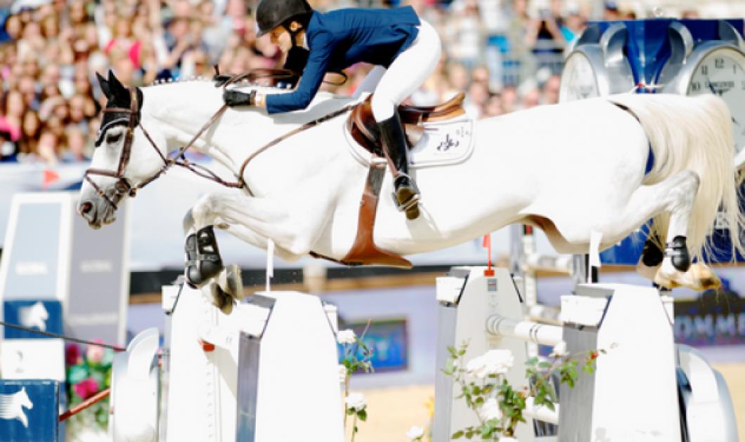 "Story: Η Αθηνά Ωνάση επέστρεψε με νέο άλογο μετά το ατύχημα: Το συγκινητικό ""αντίο"" στην Camille που πέθανε! - Κυρίως Φωτογραφία - Gallery - Video"