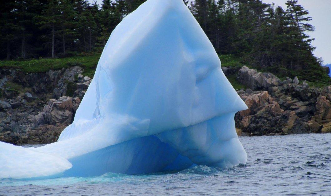 Η φωτό της ημέρας: Το παγόβουνο του Μπάτμαν! Άμα η φύση έχει κέφια... Δείτε το! - Κυρίως Φωτογραφία - Gallery - Video