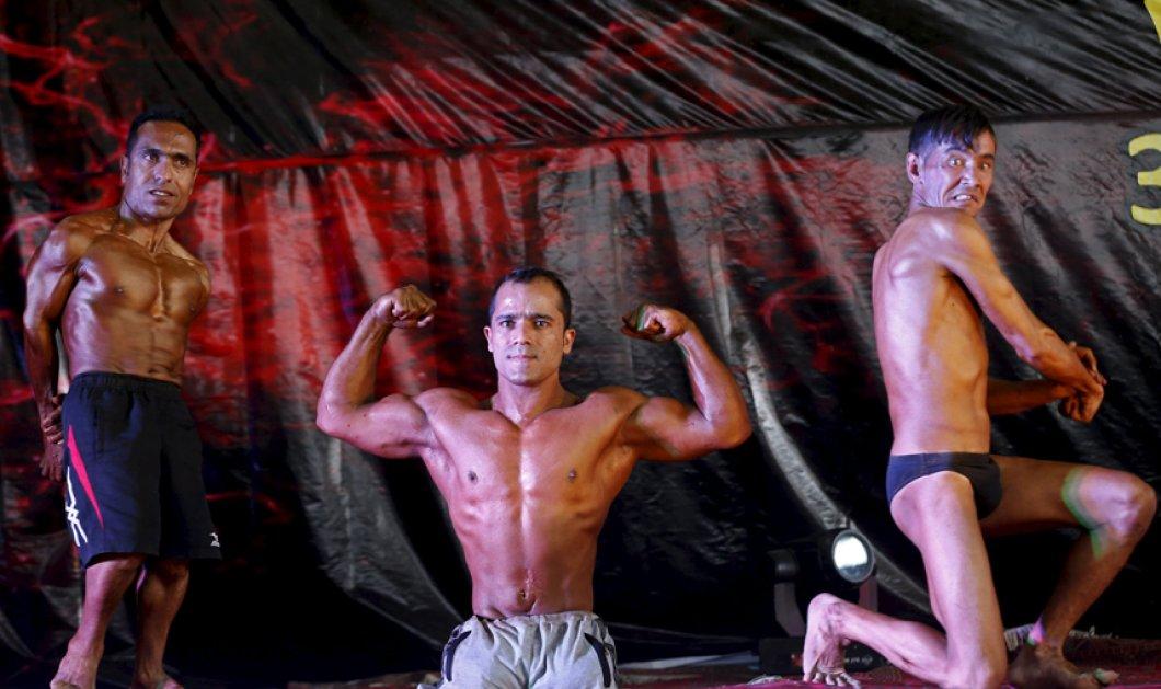 Η δύναμη της θέλησης: Αφγανός bodybuilder με ειδικές ικανότητες ποζάρει κατά τη διάρκεια διαγωνισμού στη Καμπούλ - Κυρίως Φωτογραφία - Gallery - Video