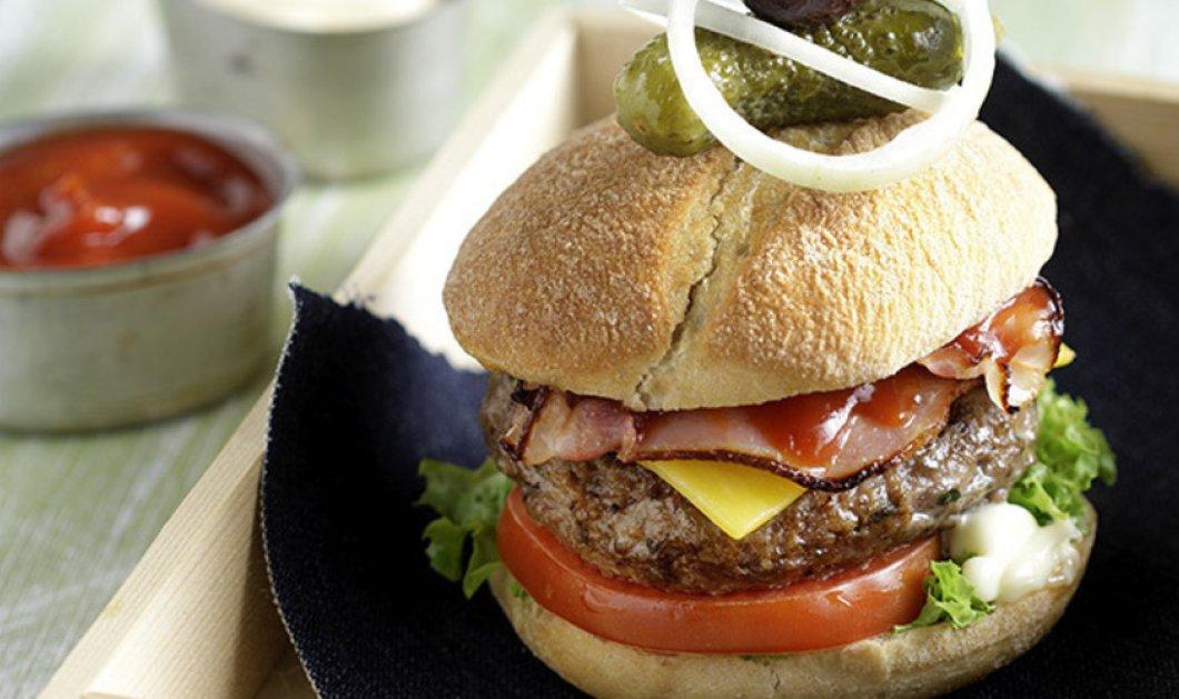 Do it like Akis: Το καλύτερο & νοστιμότερο σπιτικό burger σε χρόνο dt! - Κυρίως Φωτογραφία - Gallery - Video
