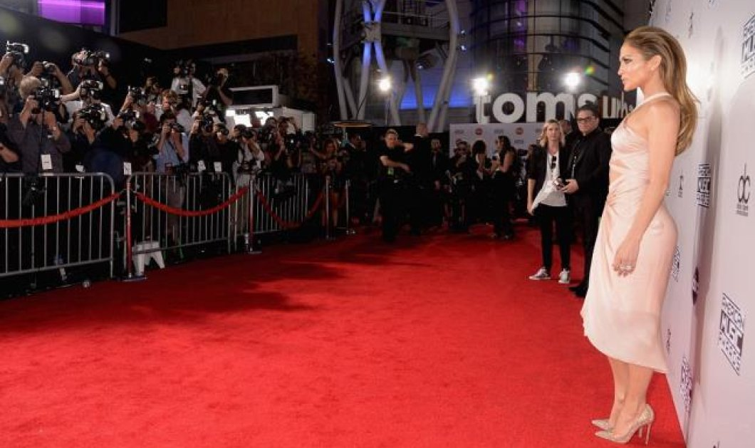 Με Βασίλισσα την Jennifer Lopez και πριγκίπισσα την Kate Beckinsale - Όλες οι εκθαμβωτικές εμφανίσεις στα American Music Awards! (φωτό) - Κυρίως Φωτογραφία - Gallery - Video