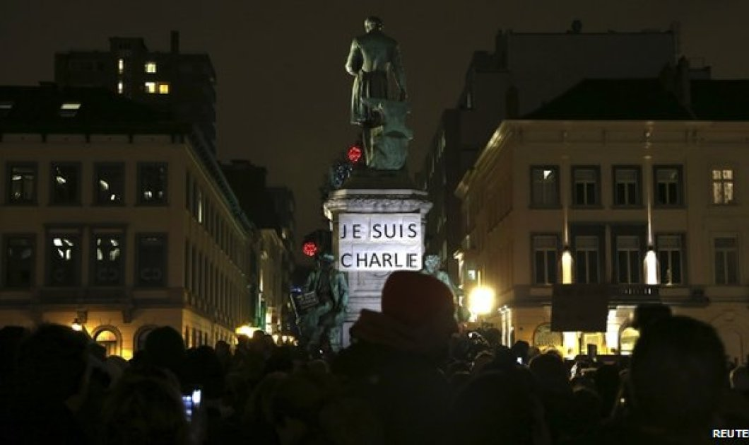 Live από το Παρίσι: Συγκλονιστικές φωτό & βίντεο από την οδύνη των Γάλλων που βγήκαν στους δρόμους για να κλάψουν τους ανθρώπους που έκαναν ολόκληρες γενιές να γελούν... - Κυρίως Φωτογραφία - Gallery - Video