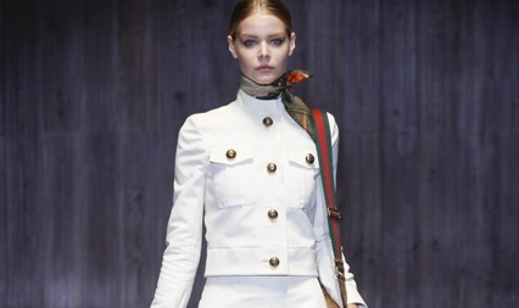 10 τρόποι για να φορέσετε το αγαπημένο σας φουλάρι - Το πιο'' it'' αξεσουάρ της γκαρνταρόμπας σας για την άνοιξη σύμφωνα με τη Vogue! - Κυρίως Φωτογραφία - Gallery - Video