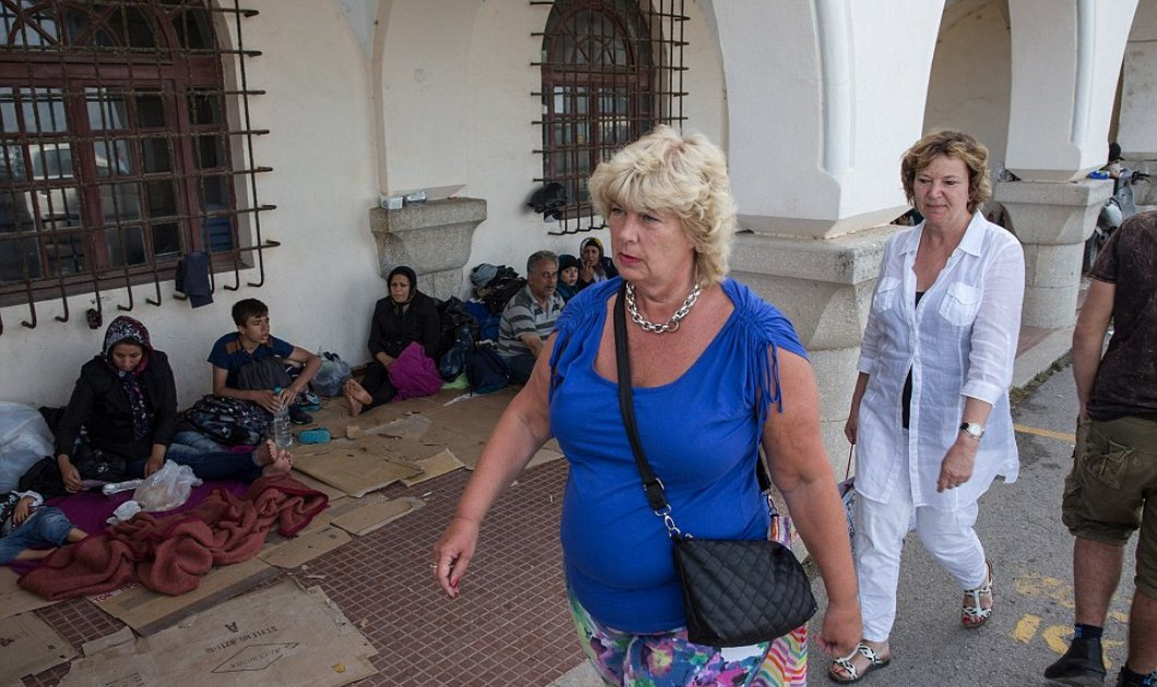 Πρωτοσέλιδο της Daily Mail: Μετατρέπουν σε διαβολότρυπα την Κω από νησί διακοπών οι χιλιάδες μετανάστες - Κυρίως Φωτογραφία - Gallery - Video