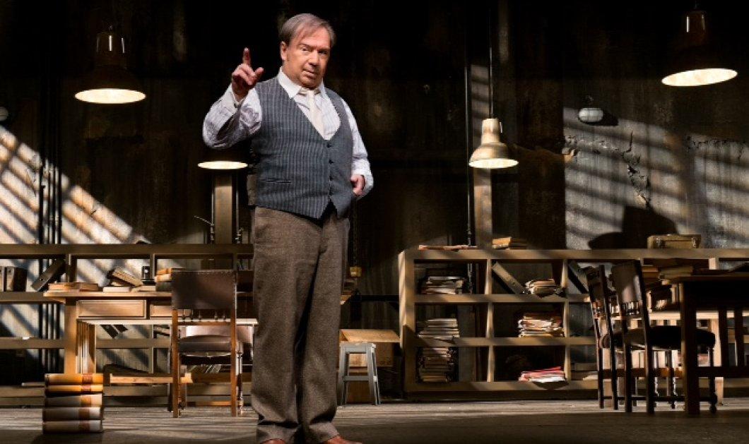 «Ο δικηγόρος Ντάροου» με τον μοναδικό Σταμάτη Φασουλή: Νέες παραστάσεις στο Θέατρο Δημήτρης Χορν! - Κυρίως Φωτογραφία - Gallery - Video