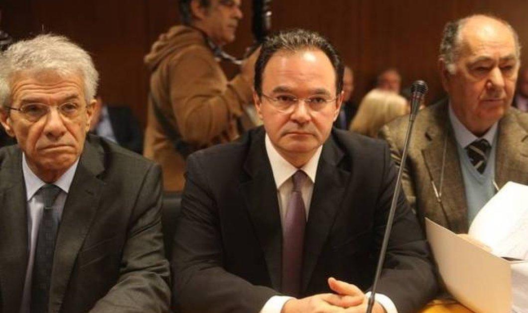 Δίκη Παπακωνσταντίνου: Διέγραψα το αρχείο από τον υπολογιστή με εντολή υπουργού, κατέθεσε ο Γ. Αγγελόπουλος! - Κυρίως Φωτογραφία - Gallery - Video