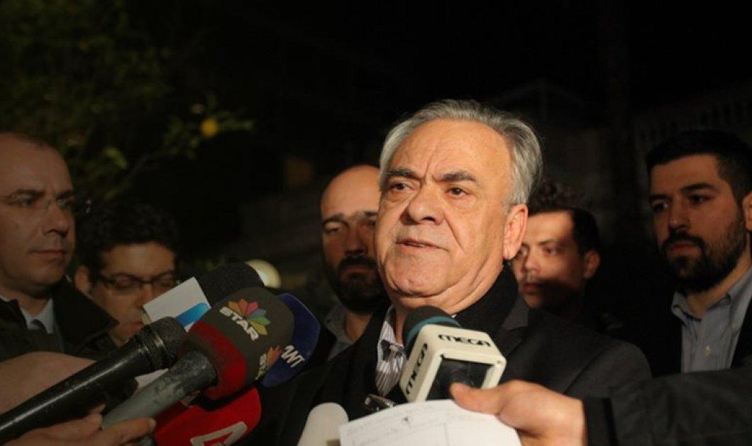 «Ηρεμιστική» παρέμβαση Δραγασάκη μετά το ελληνικό κραχ - Πώς ο αντιπρόεδρος της Κυβέρνησης επιχειρεί να ηρεμήσει τις αγορές - Κυρίως Φωτογραφία - Gallery - Video