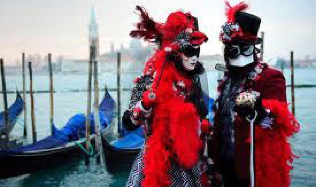 Κυριακή με ρεπορτάζ, φωτογραφίες και βίντεο από το Καρναβάλι της Βενετίας: δείτε τις ωραιότερες μάσκες! - Κυρίως Φωτογραφία - Gallery - Video