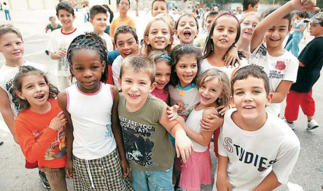 Η «Έρευνα» του Παύλου Τσίμα και τα παιδιά των αλλοδαπών που βαφτίστηκαν Χριστίνα και Γεράσιμος-το θέμα της ιθαγένειας  - Κυρίως Φωτογραφία - Gallery - Video