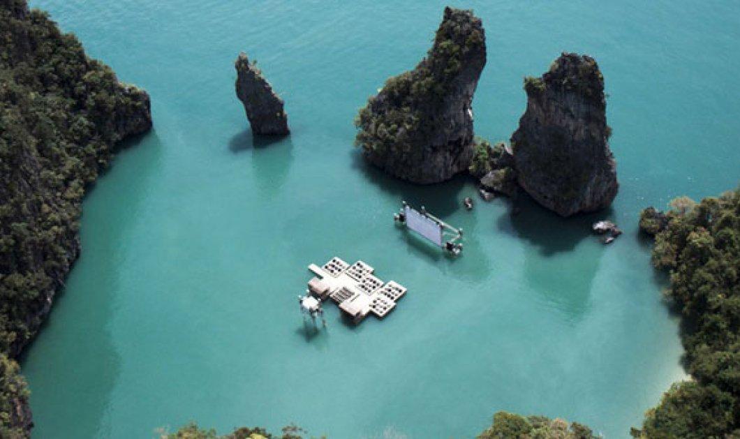 Α τι ωραία: Ο πρώτος «πλωτός» κινηματογράφος μέσα στην θάλασσα στην κυριολεξία (φωτογραφίες)  - Κυρίως Φωτογραφία - Gallery - Video