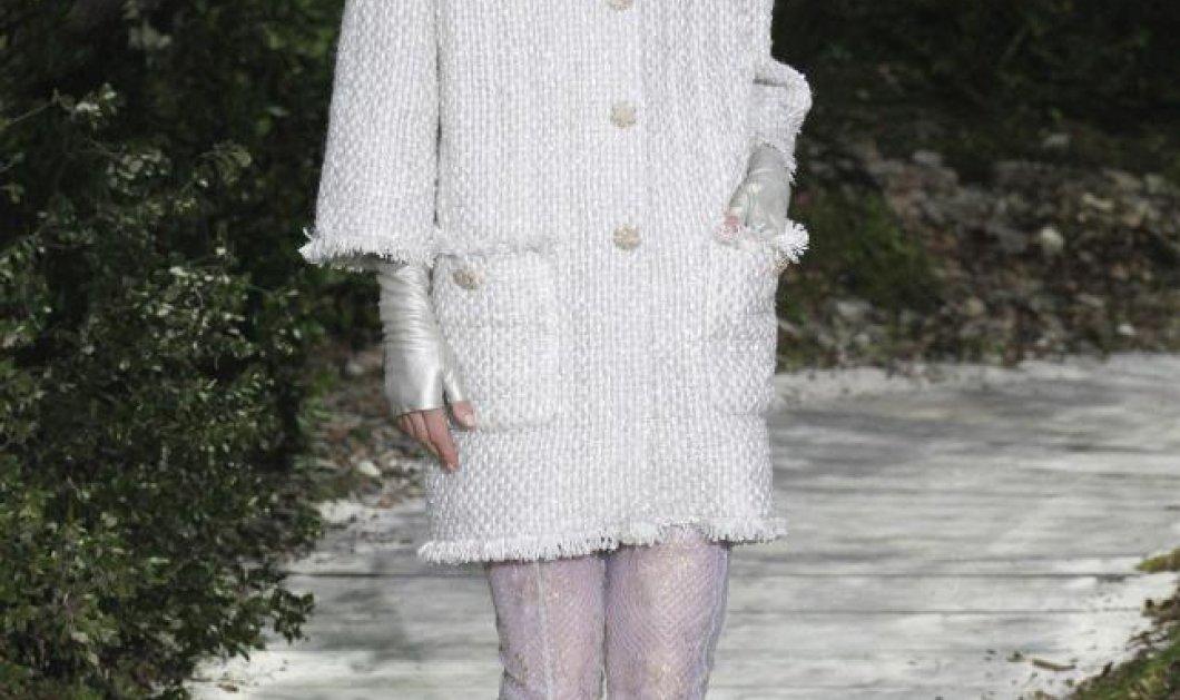 Ένα εκκεντρικό αλλά θηλυκότατο καλοκαίρι προτείνει η Chanel - υπέροχη συλλογή (φωτό)  - Κυρίως Φωτογραφία - Gallery - Video