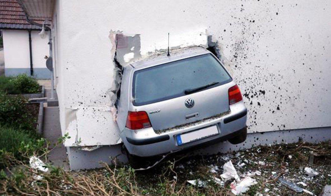 Φωτογραφία χωρίς αλκοτέστ: Μεθυσμένος οδηγός στη Γερμανία μπήκε σε σπίτι από τον... τοίχο! - Κυρίως Φωτογραφία - Gallery - Video