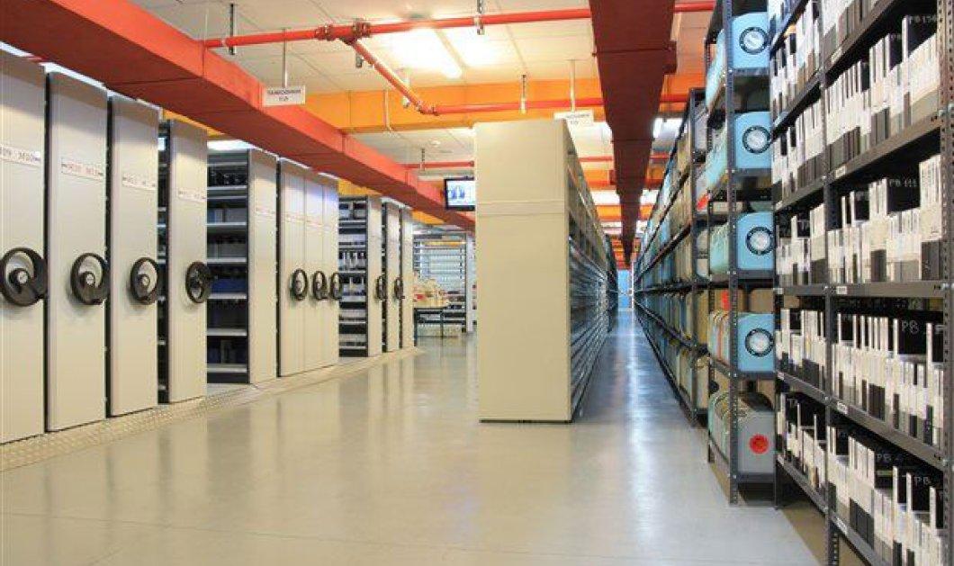 Μανώλης Βραχνάκης: - Ζητάω πίσω τους 1200 δίσκους μου που πρόσφερα στο Αρχείο της ΕΡΤ! Όλη η επιστολή - Κυρίως Φωτογραφία - Gallery - Video