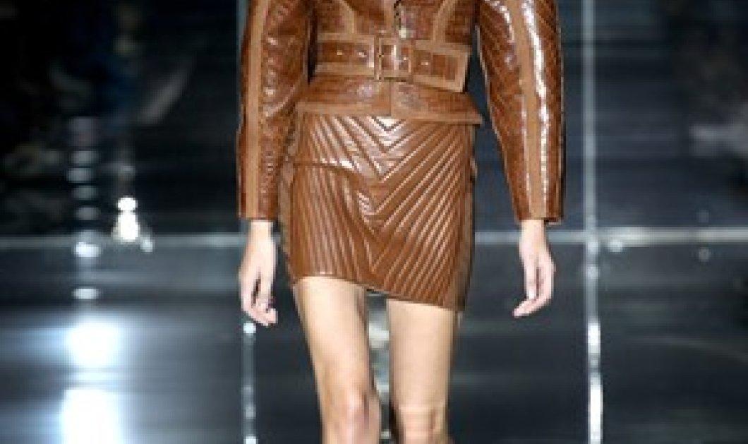 Γιατί o Tom Ford έδειξε ότι είναι βασιλιάς της μόδας για πολλοστή φορά στο Fashion Week του Λονδίνου; (φωτό - βίντεο)  - Κυρίως Φωτογραφία - Gallery - Video