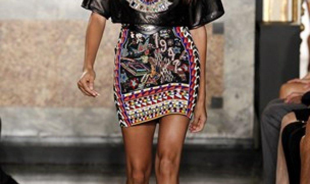 Ώρα για την ανυπέρβλητη κομψότητα του Ferragamo και τα μεθυστικά χρώματα του Pucci από την Fashion Week του Μιλάνου! (φωτό - βίντεο) - Κυρίως Φωτογραφία - Gallery - Video