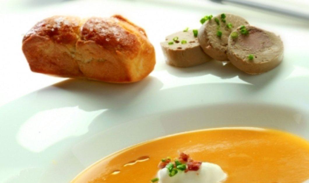 Σούπα από γλυκιά κολοκύθα με μπριός και τερίνα από συκωτάκια και μαυροδάφνη μας φτιάχνει ο Γιάννης Λουκάκος - Κυρίως Φωτογραφία - Gallery - Video