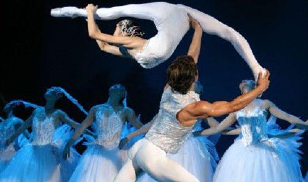 Λίμνη των κύκνων από Κινέζους χορευτές, μια αρμονία κινήσεων, πανδαισία χρωμάτων και συγκίνησης! Relax ! - Κυρίως Φωτογραφία - Gallery - Video