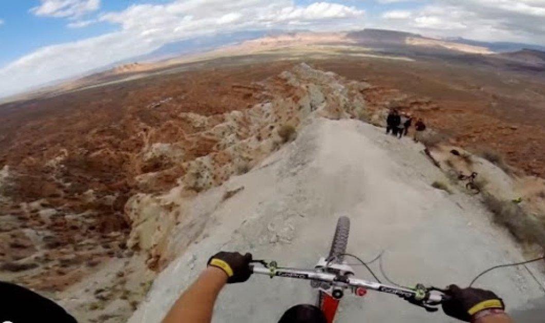 Βίντεο που κόβει την ανάσα - Ο Kelly McGarry κατεβαίνει με το ποδήλατο του στο χείλος του γκρεμού και σοκάρει το διαδίκτυο! (βίντεο) - Κυρίως Φωτογραφία - Gallery - Video