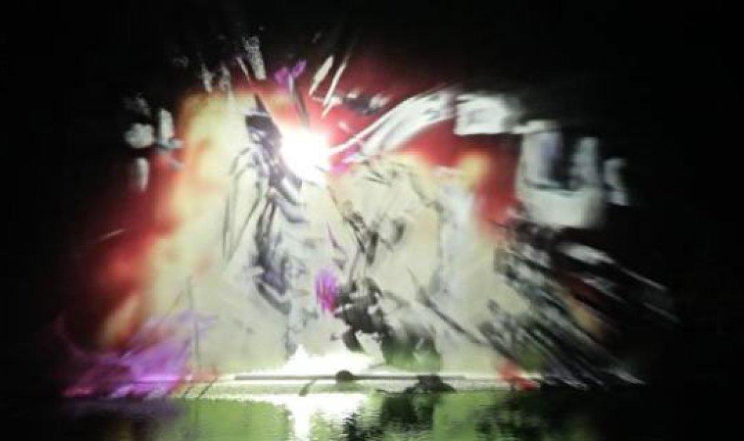 Προβολή video στο νερό δημιουργεί το παρακάτω εκπληκτικό αποτέλεσμα! Mην το χάσετε! (βίντεο) - Κυρίως Φωτογραφία - Gallery - Video