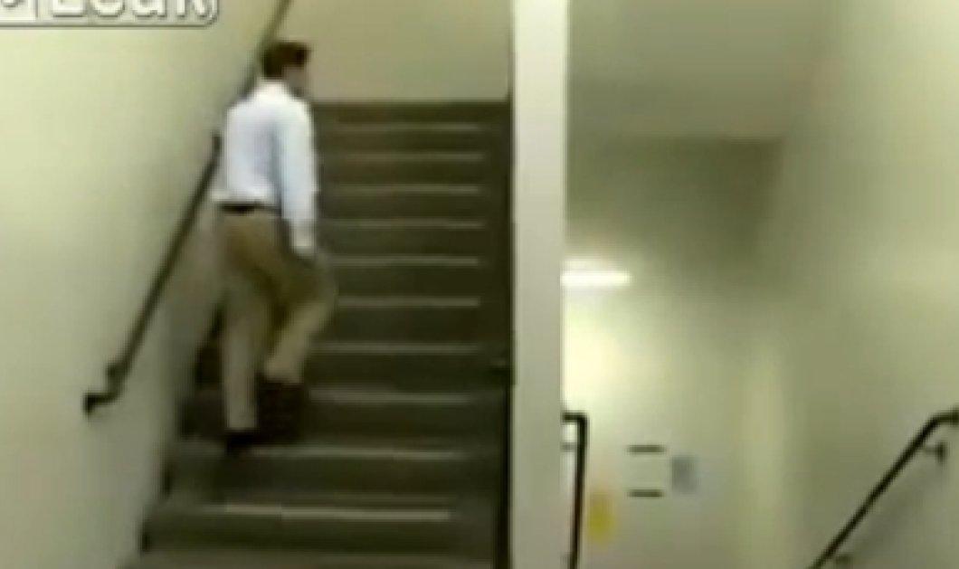 Εκπληκτικό βίντεο - Αυτός ο μηχανικός θα μας τρελάνει! Οφθαλμαπάτη ή όχι; Αν το βρείτε να μας το πείτε! (βίντεο) - Κυρίως Φωτογραφία - Gallery - Video