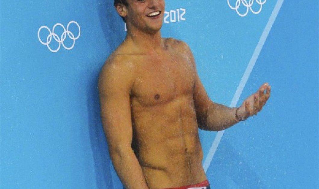 O 19χρονος κολυμβητής Tom Daley αποκαλύπτει στο youtube ότι είναι bisexual και το βίντεο του φτάνει τα 4 εκατ. 800 χιλ. views! ( βίντεο) - Κυρίως Φωτογραφία - Gallery - Video