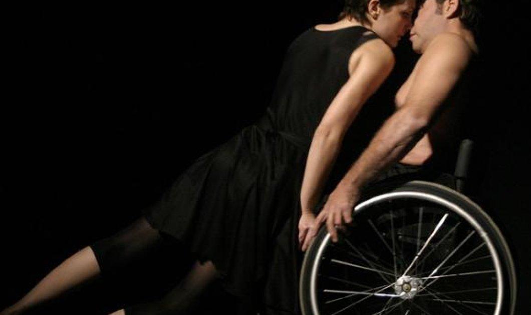 Εκπληκτικό βίντεο από την Ρόδο που κάνει τον γύρο της Ελλάδας - Ο ανάπηρος Γιώργος Χρηστάκης... μαγεύει με τις χορευτικές του ικανότητες - Αξίζει πολλά μπράβο! (βίντεο)  - Κυρίως Φωτογραφία - Gallery - Video