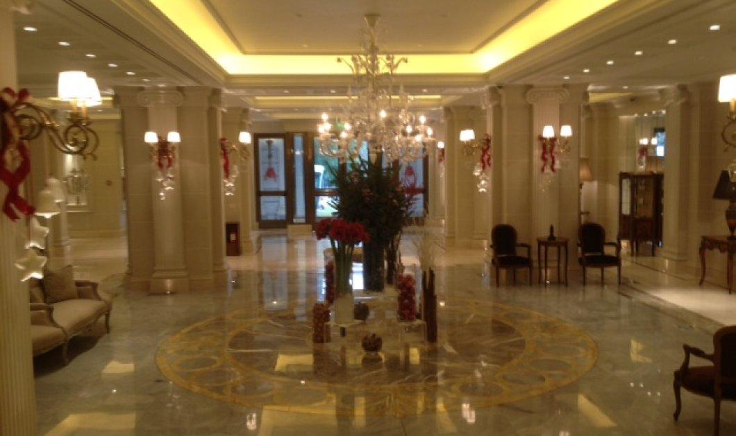 Σε ποιό πεντάστερο ξενοδοχείο ποιάς Ευρωπαϊκής μεγαλούπολης θα δείτε αυτή την υπέροχη Χριστουγεννιάτικη διακόσμηση; (φωτογραφίες)  - Κυρίως Φωτογραφία - Gallery - Video