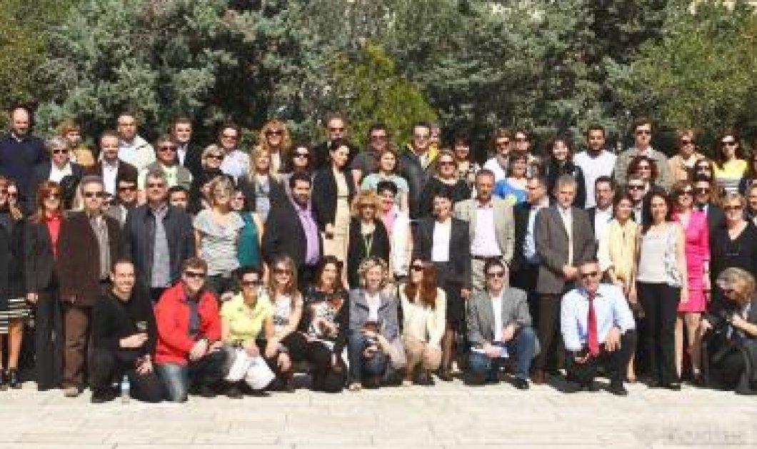 100 teachers 4 Europe ! Πώς 100 έλληνες δάσκαλοι κάθησαν στα θρανία ξανά και έμαθαν γιά την Ευρώπη  - Κυρίως Φωτογραφία - Gallery - Video