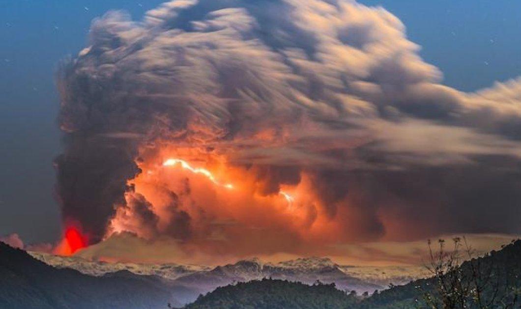 Ταξίδι στην Χιλή για να απολαύσουμε την αρχέγονη μανία των ηφαιστειακών εκρήξεων-Κόκκινη λάβα και αστραπές σε ένα μεγαλειώδες θέαμα για το ξεκίνημα της μέρας! (φωτό) - Κυρίως Φωτογραφία - Gallery - Video