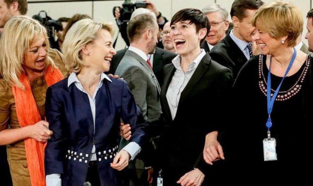 4 top women μαζί! Οι  4 Υπουργοί Άμυνας της Ολλανδίας, της Γερμανίας, της Νορβηγίας & της Ιταλίας στο πιο πλατύ χαμογελο της ημέρας ! Ουφ τύφλα να έχει ο Αβραμόπουλος! (φωτό) - Κυρίως Φωτογραφία - Gallery - Video