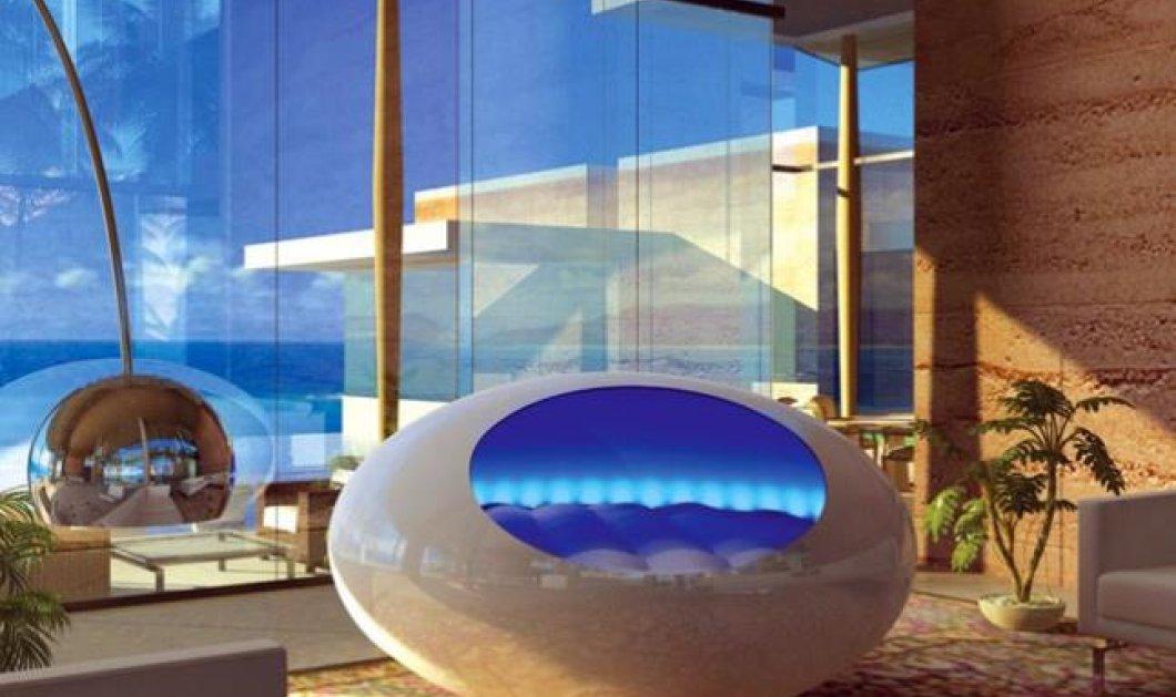 Αυτό το κρεβάτι με στρώμα νερού δονείται στους ρυθμούς της μουσικής, κάνει μασάζ και διαθέτει αισθητήρες παλμών-Κοστίζει μόνο...22.000 ευρώ! (φωτό) - Κυρίως Φωτογραφία - Gallery - Video