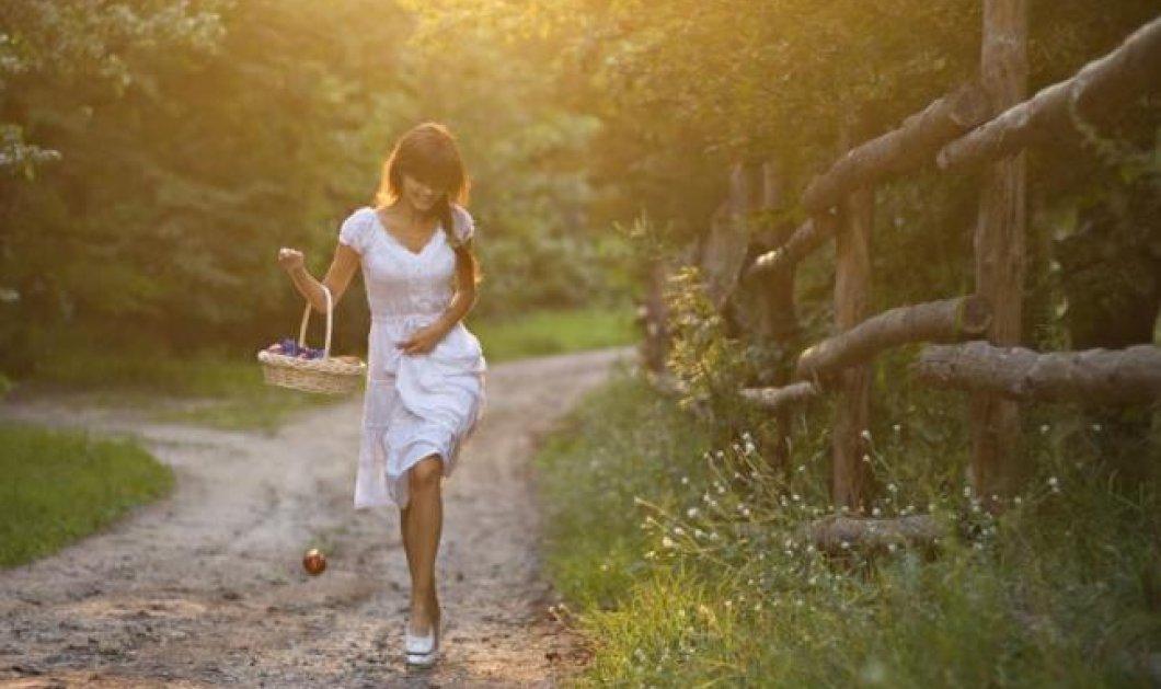 Πιο σέξι το γυναικείο περπάτημα τις γόνιμες μέρες!! - Κυρίως Φωτογραφία - Gallery - Video