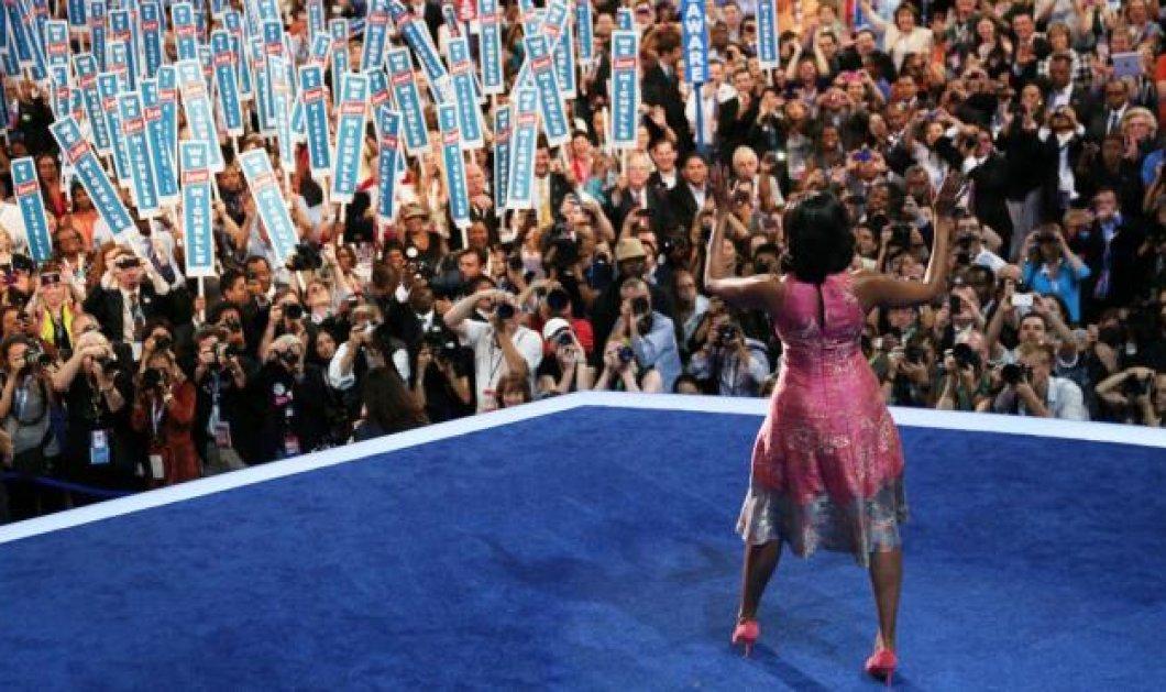 Elle est belle, Michelle, σύζυγος και φαν του μαύρου πλανητάρχη - Κυρίως Φωτογραφία - Gallery - Video