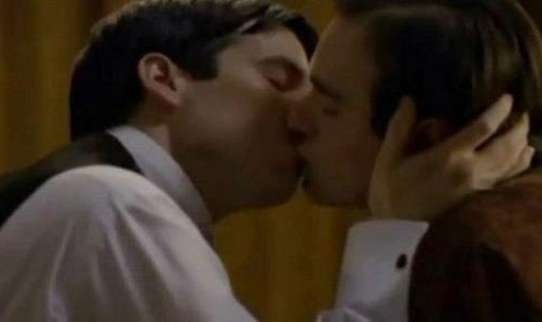 To gay φιλί που λογοκρίθηκε ήταν αριστοκρατικό! - Κυρίως Φωτογραφία - Gallery - Video