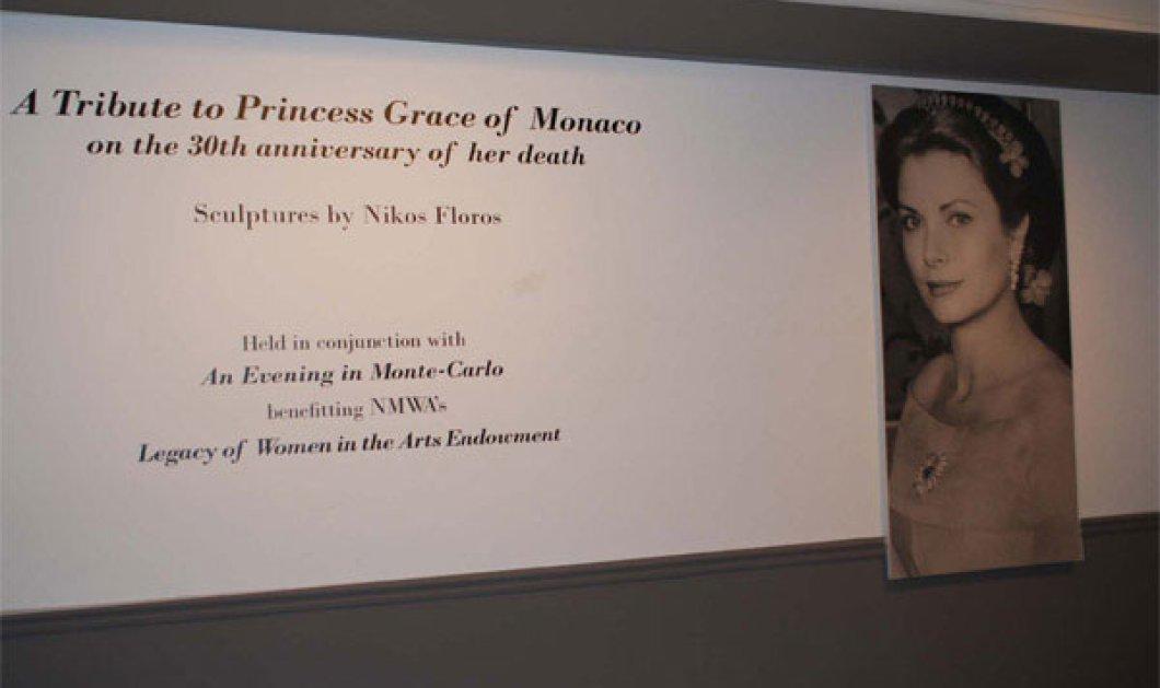 Με το νυφικό της Grace Kelly από κουτάκια Coca Cola Έλληνας καλλιτέχνης φιλοξενείται στο National Museum of Women in the Arts, στην Washington - Κυρίως Φωτογραφία - Gallery - Video