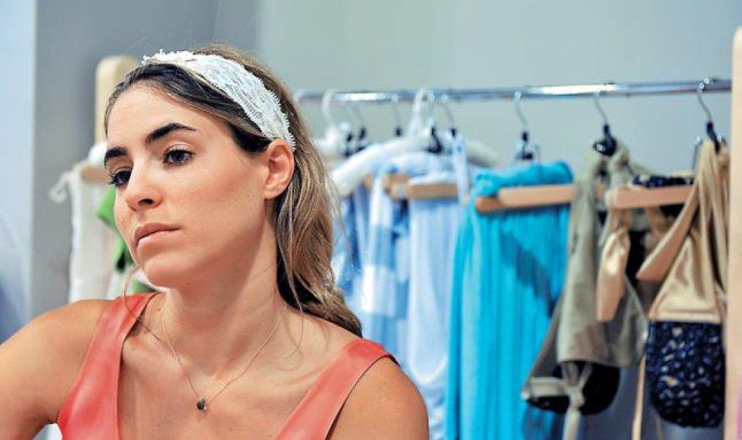 Αποκλ: Η Στεφανία Φραγκίστα δεν «οργώνει» τις θάλασσες, όπως ο πατέρας της, αλλά τις αγορές με τα μαγιό «Pink Sands» - Η μαθήτρια του Calvin Klein πουλάει made in Greece σε όλο τον κόσμο! - Κυρίως Φωτογραφία - Gallery - Video