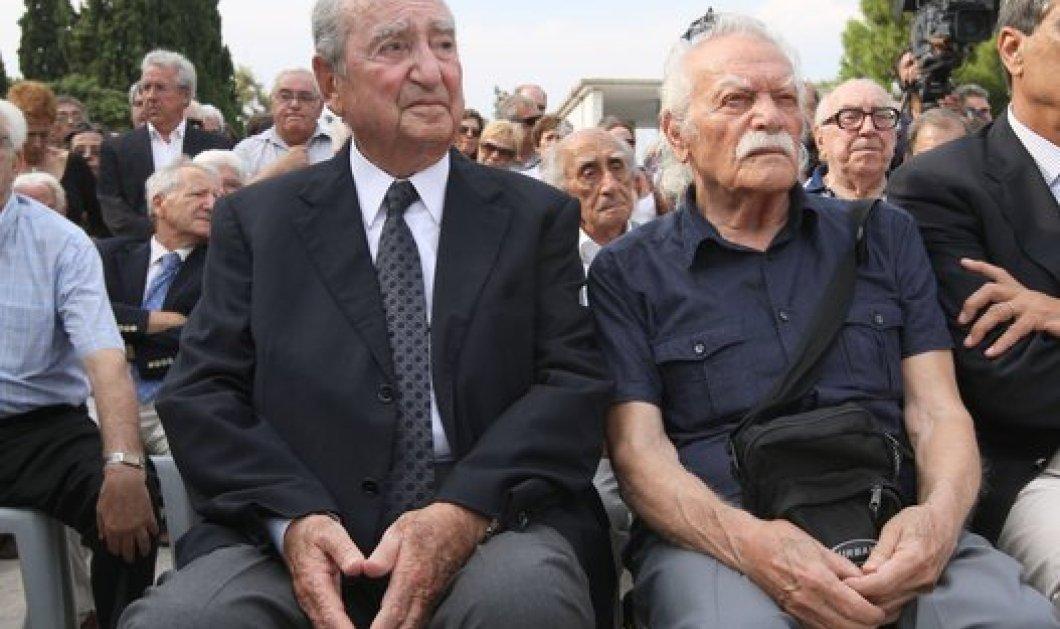 Μητσοτάκης σε Γλέζο: «Έσωσες την τιμή του πολιτικού κόσμου» - Τι είπε για τον Αλέξη Τσίπρα ο Επίτιμος; - Κυρίως Φωτογραφία - Gallery - Video