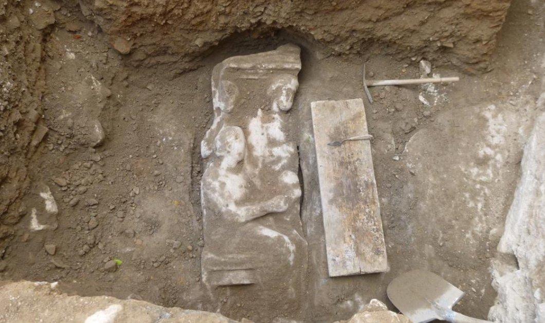 Good News: Επιτύμβια στήλη του 4ου π.χ. αιώνα βρέθηκε στον Κεραμεικό! (φωτό) - Κυρίως Φωτογραφία - Gallery - Video