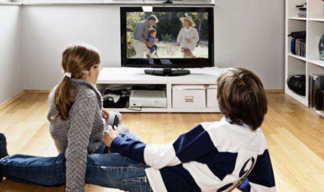 Γιατί δεν κάνει τα παιδιά να βλέπουν πολλή ώρα τηλεόραση; Τι επιπτώσεις έχει στην υγεία τους; - Κυρίως Φωτογραφία - Gallery - Video