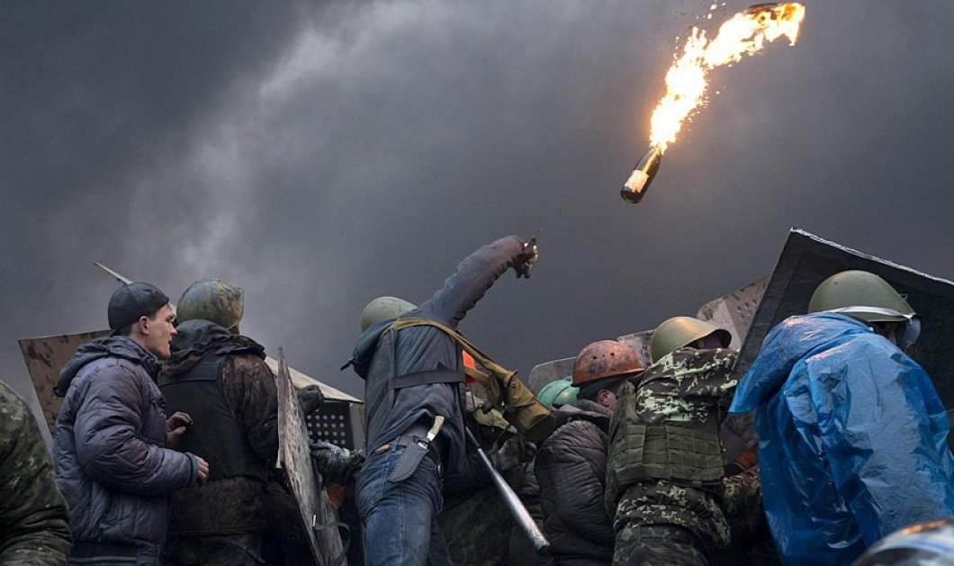 Davin Rose - Ο φωτορεπόρτερ που πήρε το 1ο Διεθνές βραβείο καλύπτοντας την φωτιά του πολέμου στην Ουκρανία! (slideshow) - Κυρίως Φωτογραφία - Gallery - Video